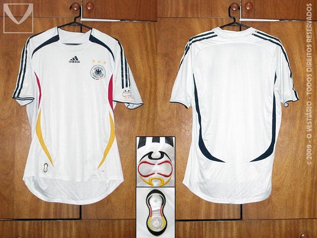 O Vestiário - A coleção de camisas de Anderson Barbosa bebe14e26ad52